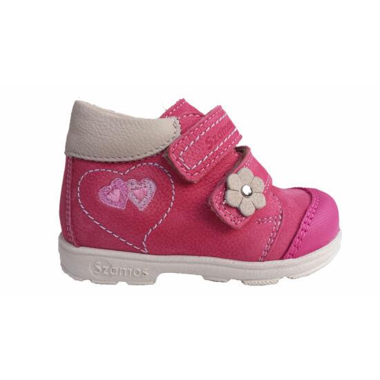 Supinált cipő kislányoknak, szívecskékkel